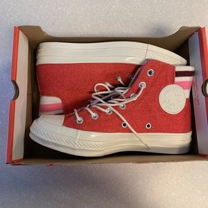 Red girl converse